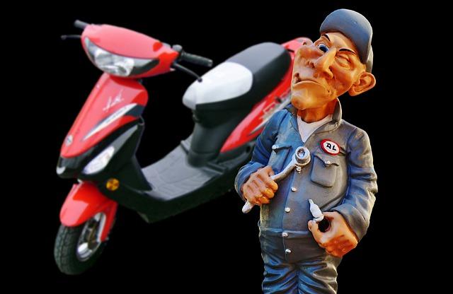 auto-mechanic-3096980_640.jpg