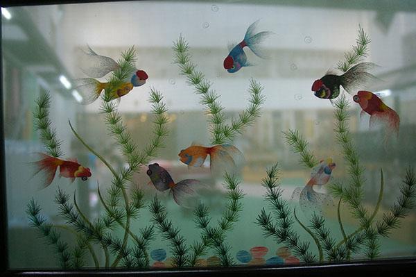 Рыбки. Двусторонняя сучжоуская вышивка. Фото: loniemay.blogspot.com