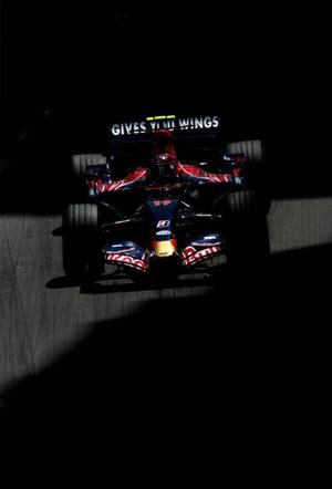 Монте-Карло, МОНАКО: Американський водій 'Торо Россо' Скотт Спід (Scott Speed ) їздить під час гонок. Фото: Vladimir Rys/Bongarts/Getty Images