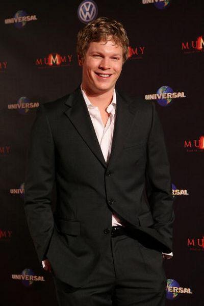 Актёр Люк Форд (Luke Ford) посетил премьеру фильма 'Мумия 3: Гробница Императора-Дракона', которая прошла 28 августа в Мельбурне. Фото: Robert Prezioso/Getty Images