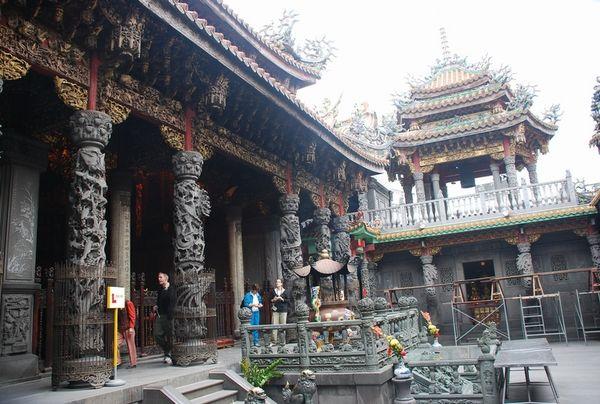 Буддистский храм в г.Тайбэй. Фото с aboluowang.com