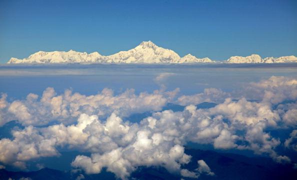 Самая высокая гора в мире Эверест