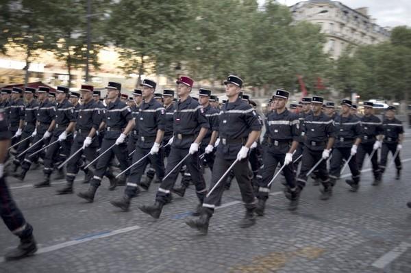 Франция празднует национальный праздник – День взятия Бастилии. Фото: Getty Images