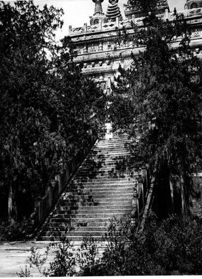 Главный вход в пагоду Ханбайюй. Фото с epochtimes.com