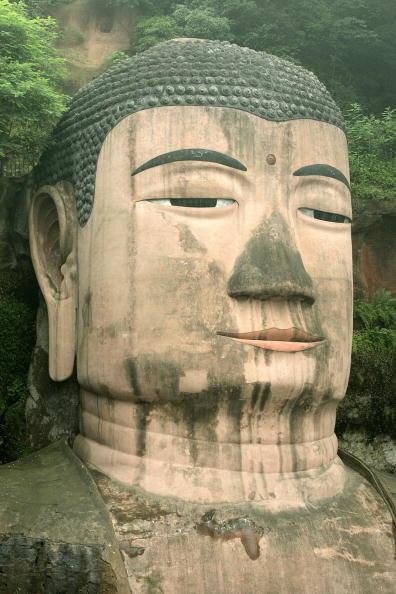 Статуя Будди Міле у підніжжя священних гір Емей. Фото: The Epoch Times