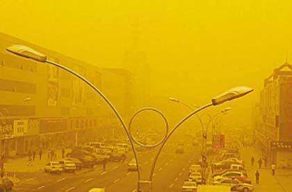 Пиловий вихор із піском пронісся у м. Дачин провінції Хейлунцзян. Фото з epochtimes.com