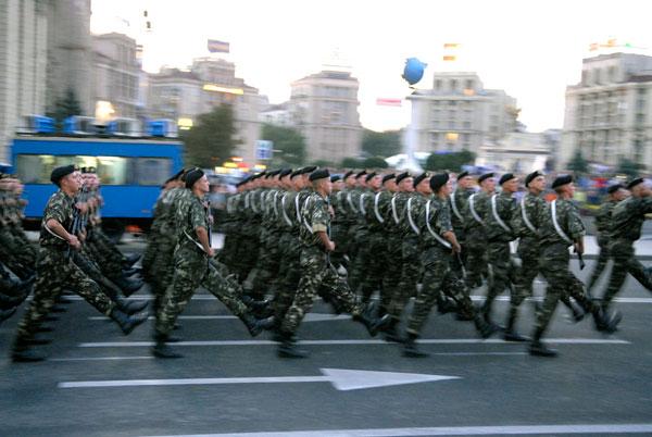 Генеральна репетиція параду прошла на Хрещатику . Фото: Володимир Бородін/The Epoch Times