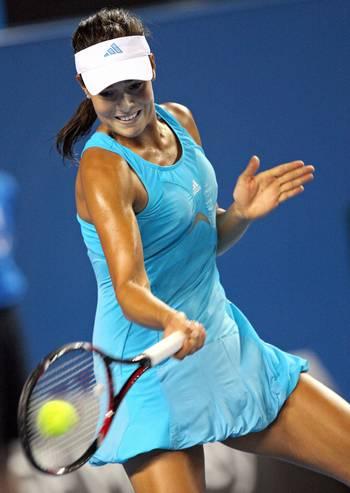 Ана Іванович (Сербія) (Ana Ivanovic of Serbia) під час Відкритого чемпіонату Австралії з тенісу в Мельбурні. Фото: WILLIAM WEST/AFP/Getty Images