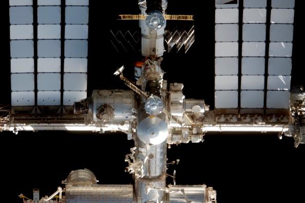 Міжнародна космічна станція. Знімок з шатлу «Атлантіс». Фото: NASA via Getty Images