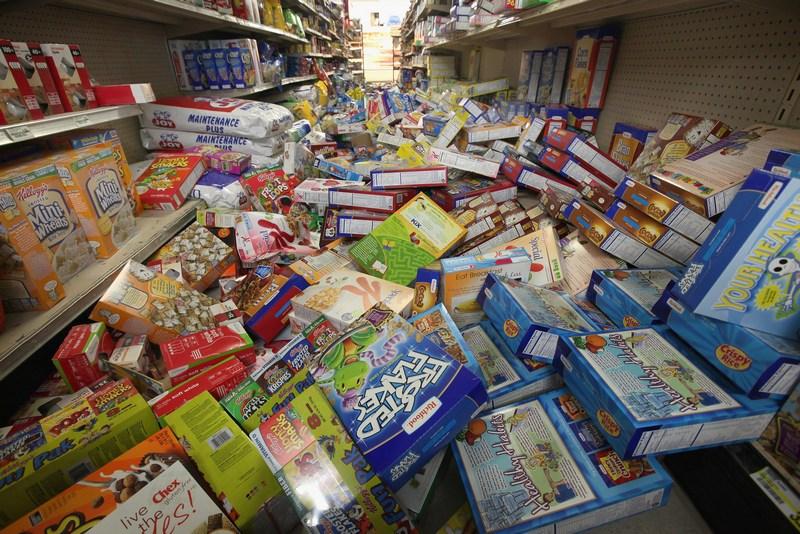 м. Мінерал, штату Вірджинія 24 серпня 2011. Один з магазинів після землетрусу 23 серпня. Фото: Scott Olson / Getty Images