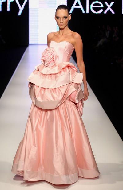 Тиждень моди в Сіднеї: колекція від Alex Perry.ФОТООГЛЯД
