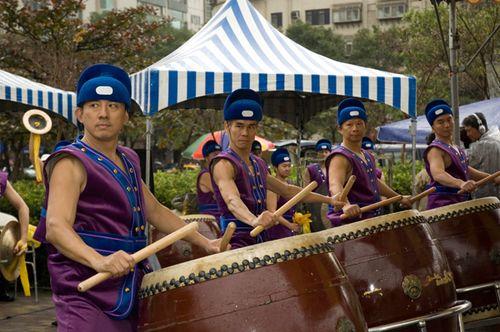 Виступ барабанщиків. Фото: Ван Женцзюнь/Велика Епоха