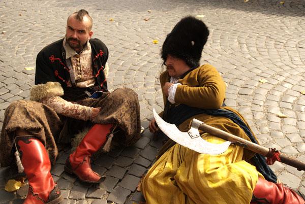 Військово-історичний фестиваль «Тера Героїка» відбувся у місті Кам'янець-Подільський 3-5 жовтня 2008 року. Фото: Володимир Бородін/the Epoch Times