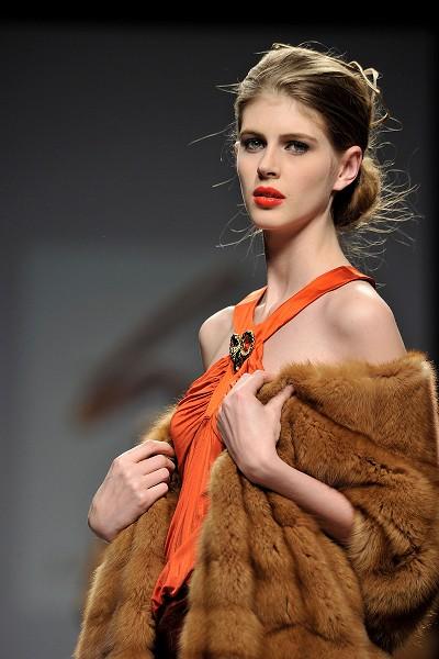 Нова колекція Miguel Marinero на Тижні моди в Мадриді.