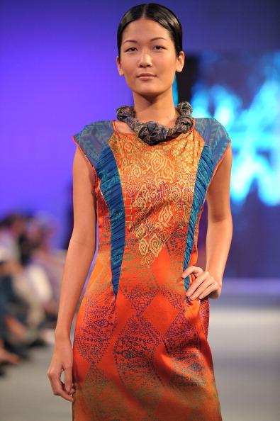 Показ коллекции бренда Alleira Batik на шоу Blueprint 2011. Фото: Andri Tei/Getty Images