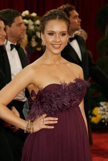 Акторка Джесіка Альба (Jessica Alba) відвідала церемонію вручення Премії 'Оскар' в Голівуді Фото: Vince Bucci/Getty Images