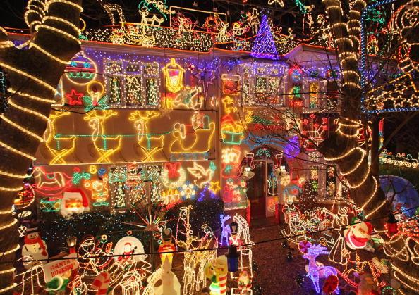 Мешканці англійського міста Мелксман вже підготувалися до Різдва. Фото: Matt Cardy /Getty Images