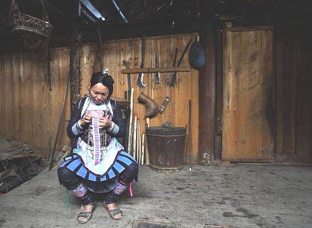 Вышивающая женщина. Фото: Getty Images
