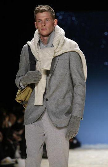 Тиждень моди від Mercedes-Benz в Нью-Йорку: спортивний одяг LACOSTE. Фото: Photo by Mark Mainz/Getty Images for IMG