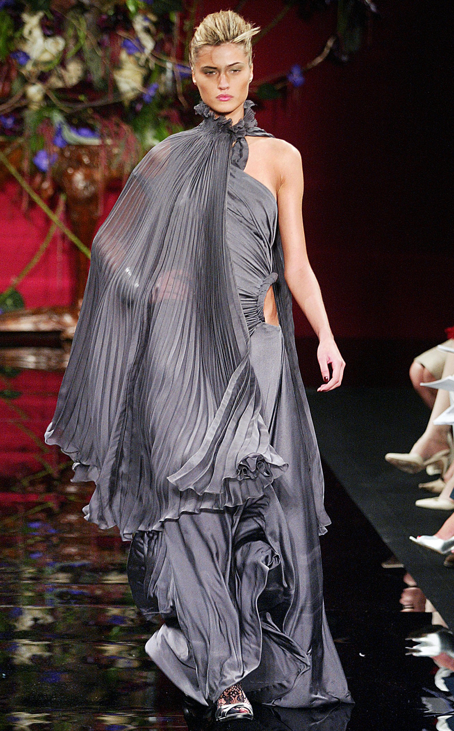 Модный дом Givenchy. Фото: PIERRE VERDY/AFP/Getty Images