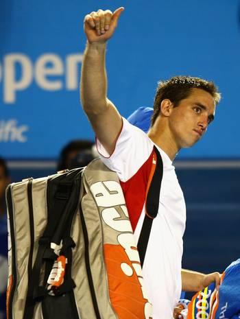 Віктор Троїцки (Сербія) (Viktor Troicki of Serbia) під час відкритого чемпіонату Австралії з тенісу. Фото: Mark Dadswell/Getty Images