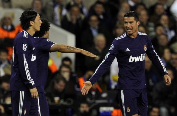 Тоттенхем - Реал Фото: Jasper Juinen, Shaun Botterill /Getty Images Sport