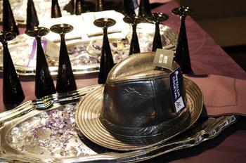 Во Франции в Париже прошла 3-х дневная международная выставка одежды INTERSELECTION, на которой также были представлены другие элементы гардероба, которые будут модными в 2008г. Фото: Interselection Groupe Eurovet