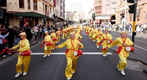 Празднование Всемирного Дня Фалунь Дафа в Сиднее (Австралия). 16 мая. Фото: Ло Я/The Epoch Times