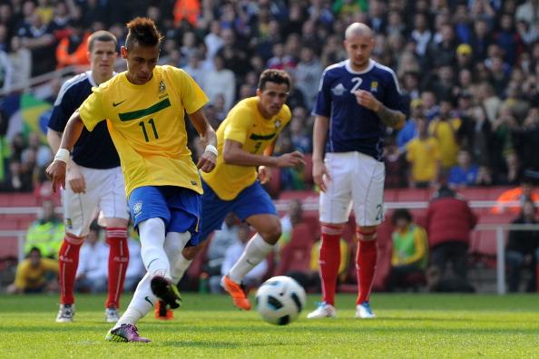 Бразилия - Шотландия Фото:Jamie McDonald, Mike Hewitt /Getty Images Sport