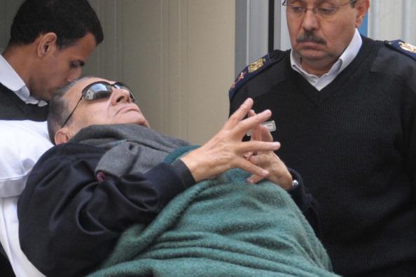 Мубарак отказался от последнего слова в суде