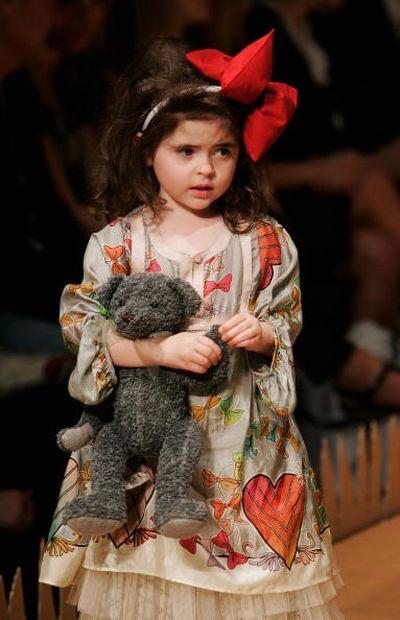 Коллекция детской одежды от Трелис Купер (Trelise Cooper) на неделе моды в Новой Зеландии. Фото: Sandra Mu/Getty Images