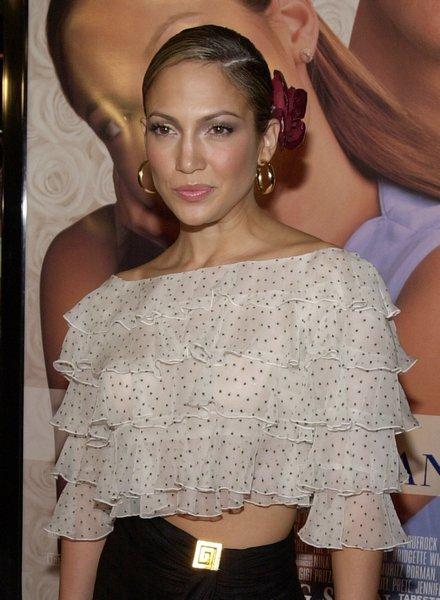 Актриса и поп-звезда Дженнифер Лопес на премьере «Свадебный переполох», 23 января 2001 год. Фото: Chris Weeks/Liaison