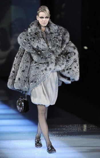 Тиждень моди в Мілані: Нові колекції жіночого одягу осінь-зима 2008/2009. Фото: AFP / Getty Images
