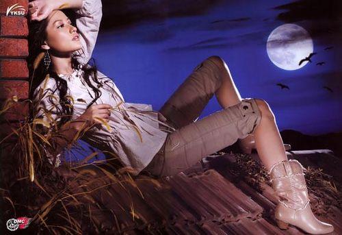 Женские сапоги: в моде выигрышные зимние комбинации. Фото с epochtimes.com