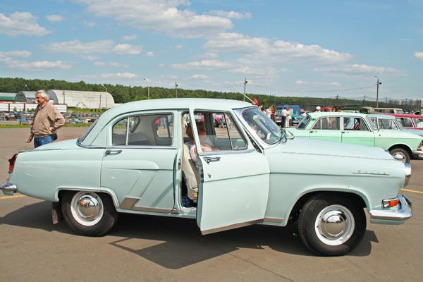 Виставка історичних автомобілів «ВІВАТ-2009». Фото: Анатолій Белов/The Epoch Times
