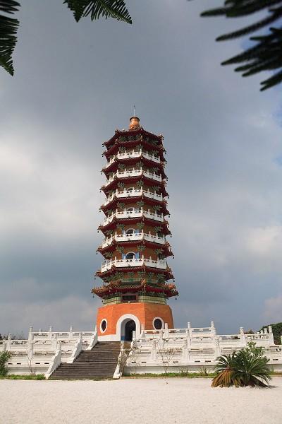 Башта Цзиень (Башта співчуття і милосердя) на острові Лалу. Фото: The Epoch Times