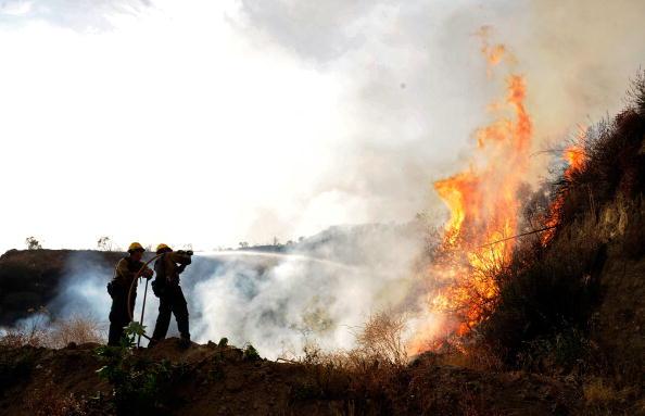 Пожежа. Фото: Kevork Djansezian/Getty Images