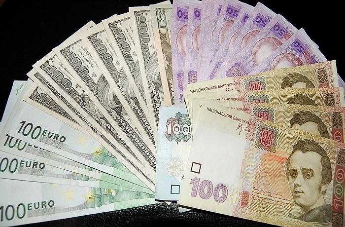 В Донецке за неуплату коммунальных тарифов начали отбирать имущество