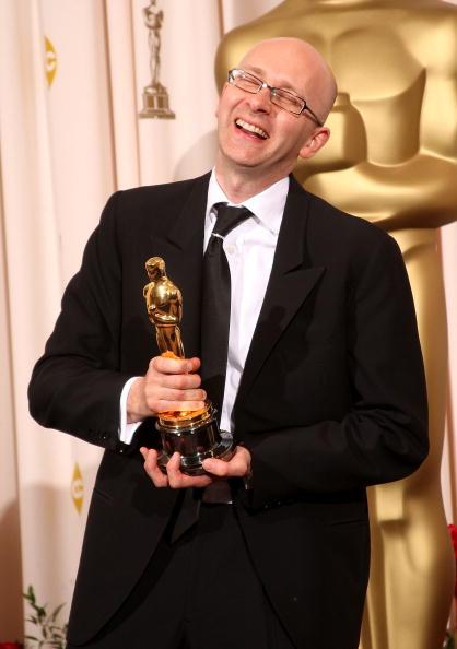 Крис Дикенс получил Оскара за лучший монтаж ('Миллионер из трущоб'). Фото: Jason Merritt/Getty Images
