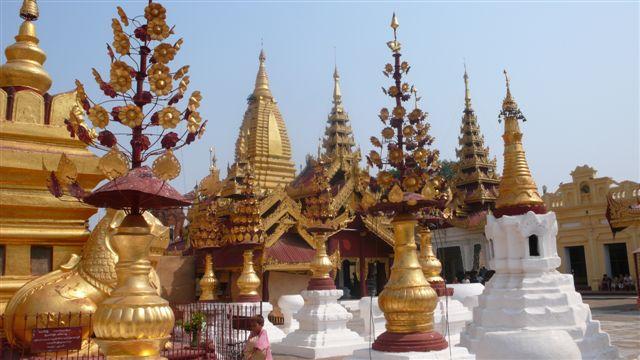 Путешествие в Бирму: Ступа Швезигон. Фото: Франсиско Гавилан