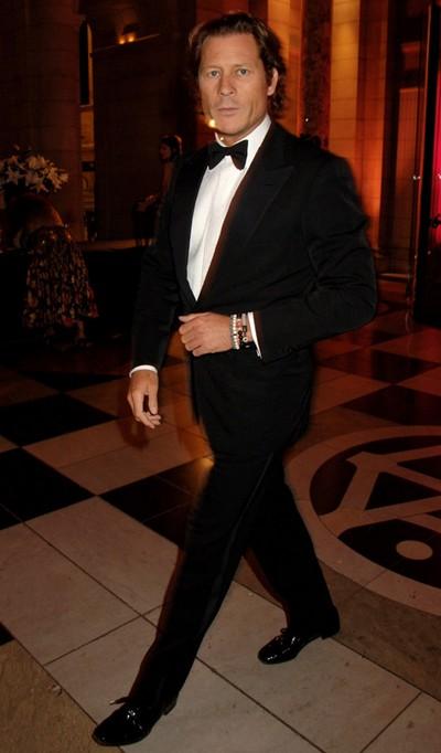 Найстильніші знаменитості за версією журналу «Vanity Fair» за 2009 рік. Фото з aboluo.com