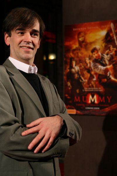 Комик Тим Фергюсон (Tim Ferguson) ) посетил премьеру фильма 'Мумия 3: Гробница Императора-Дракона', которая прошла 28 августа в Мельбурне. Фото: Robert Prezioso/Getty Images