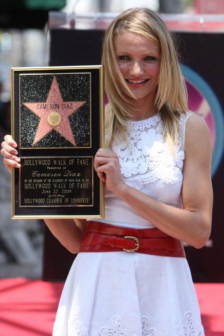 22 червня 2009 року зірка під номером 2386 з ім'ям Камерон Діас засяяла на Алеї Слави в Голлівуді. Фото: Kristian Dowling/Getty Images