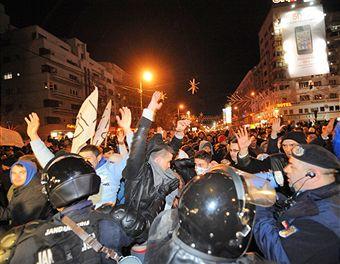 Правительство Румынии собралось на экстренное заседание в связи с беспорядками в стране
