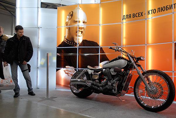 Виставка «Мотобайк 2010» відкрилася в Києві 11 березня 2010 року. Фото: Володимир Бородін / The Epoch Times