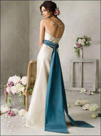 Нарядні сукні jim hjelm для свідків на весіллі. Фото з efu.com.cn