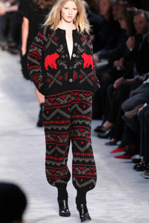 Британский дизайнер Стелла МакКартни (Stella McCartney), коллекция ready-to-wear осень-зима 2007/2008. Фото: PIERRE VERDY/AFP/Getty Images