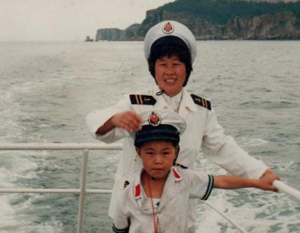 Лі зі своєю матір'ю Лі Юйшу. Фото надано Лі