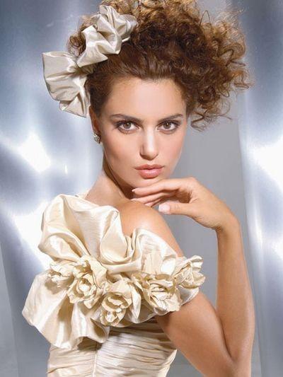 До вашої уваги колекція весільних нарядів Demetrios. фото з efu.com.cn