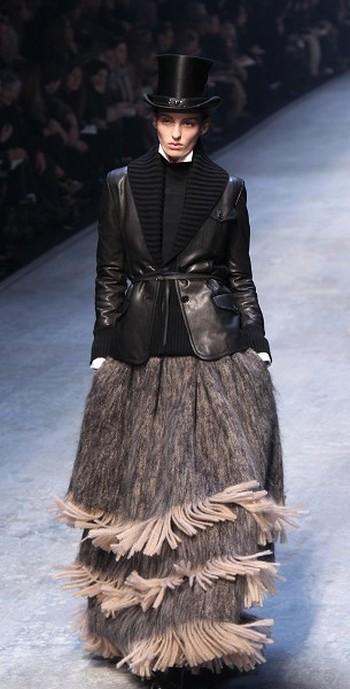 Всесвітньо відомий бренд Hermes на останньому дні паризького Тижня моди. Фото: AFP